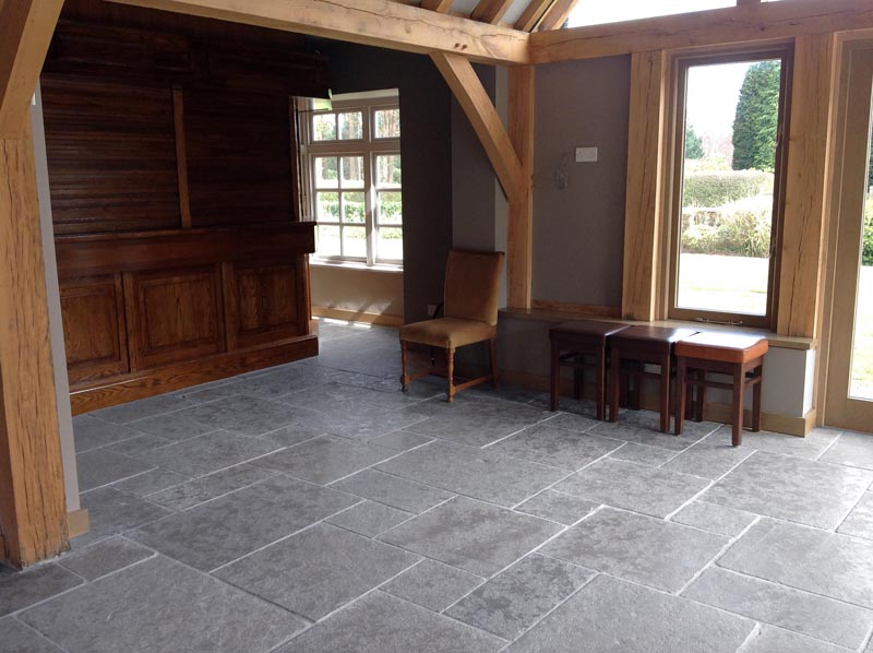 Cathedral Grey Flagstone Large pattern