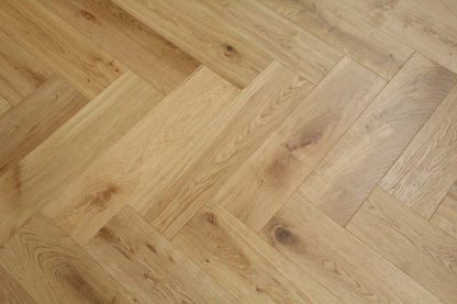 Brushed UV Oiled Oak 600 x 150 x 14/3mm