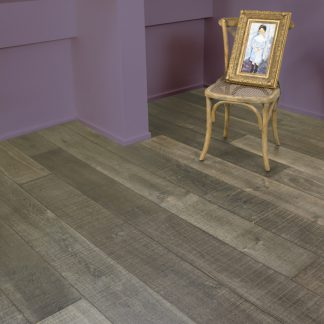 Moulis Sawn Oak 220mm wide 15mm