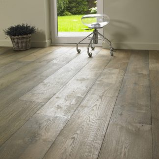 Vosne Oak 220mm wide 15mm