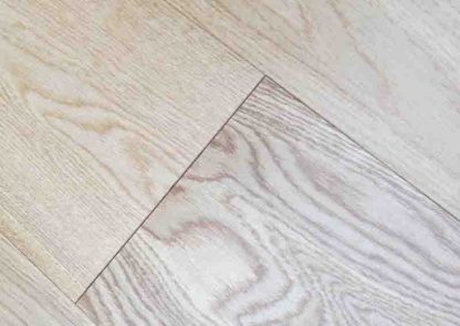 UV Lacquered Oak 189mm wide 15mm