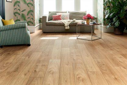 Smoked_Oak_V_Groove_Laminate_Floorings_01_retail